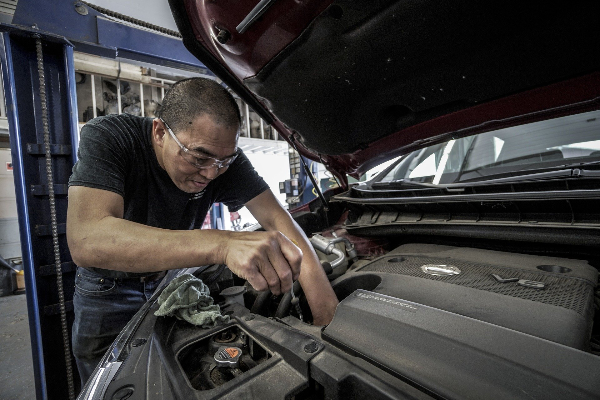 Checking and changing a car engine oil